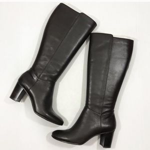 Arturo Chiang leather boots